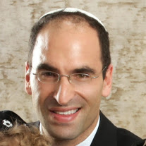 Head_Shot_Rabbi_Menashe_East